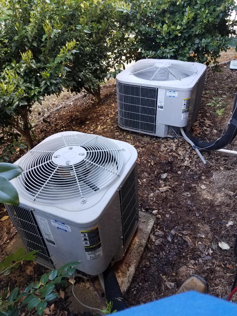 Ooltewah, TN - Service call. performed repair on both carrier condensers