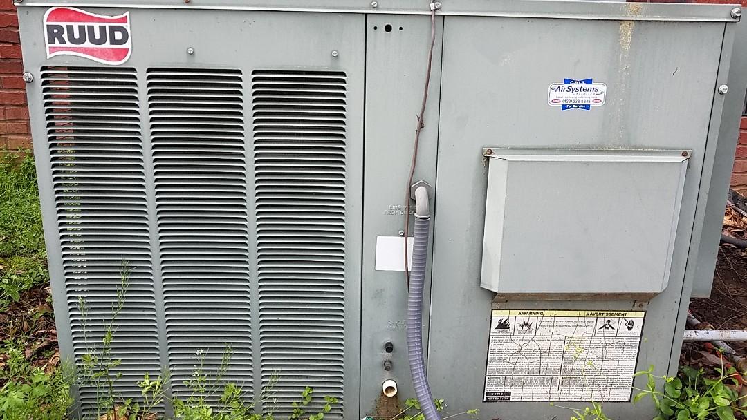 Ooltewah, TN - Service call. Performed repair on Rudd AC