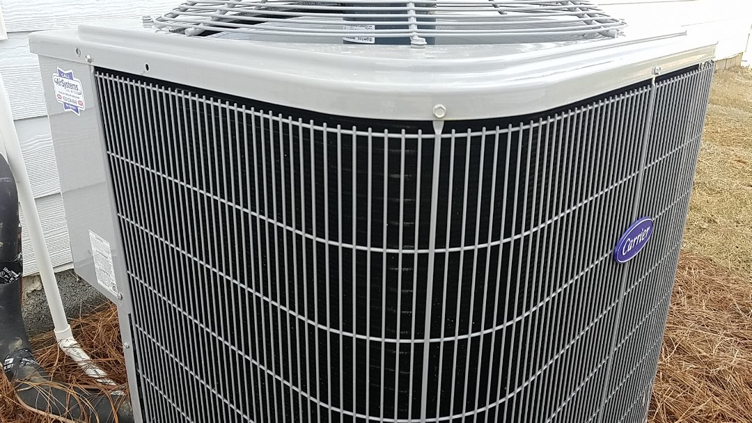 Cleveland, TN - Maintenance call. Performed maintenance on Carrier AC