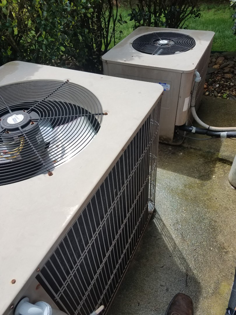 Cleveland, TN - Service call . Performed repair on AirEase heat pump