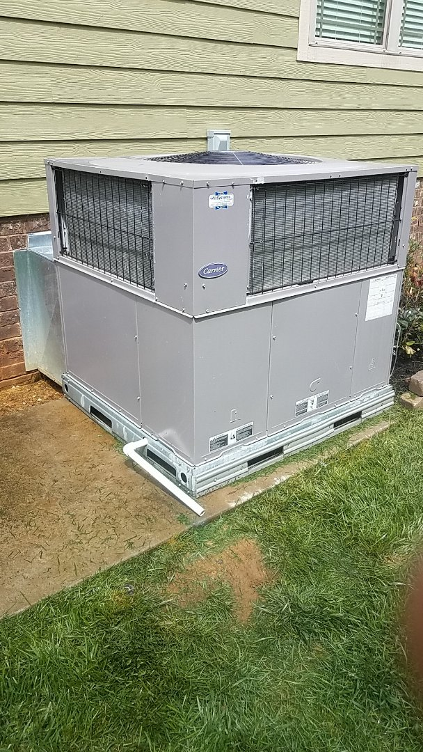 Ooltewah, TN - Service call, performed repair on Carrier furnace