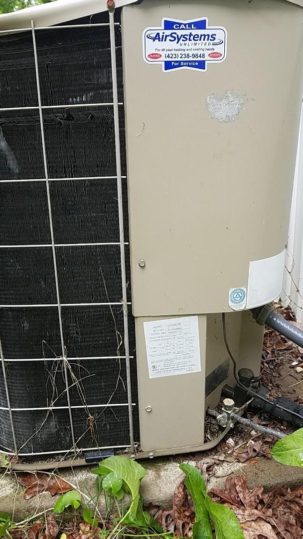 McDonald, TN - Service call. Performed repair on Amana AC