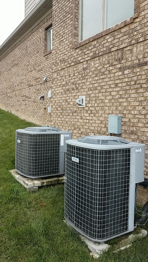 Soddy-Daisy, TN - Service call. Performed A/c service on a Tempstar condenser.