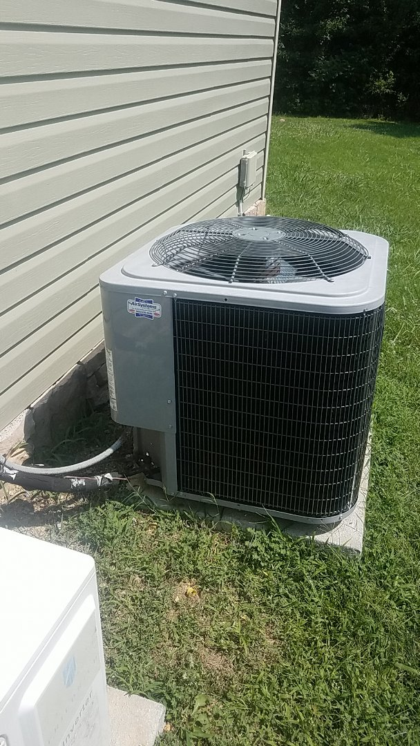 Cleveland, TN - Service call. Performed service on a Tempstar Heat Pump system.