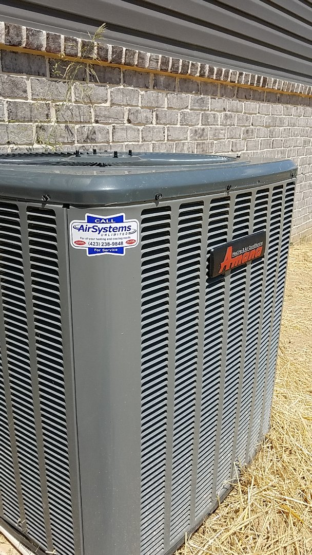 Cleveland, TN - Service call. Performed repair on Amana heat pump