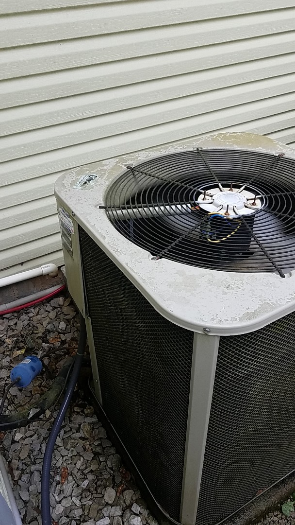 Chattanooga, TN - Service call. Performed service on a Gibson Heat Pump system.