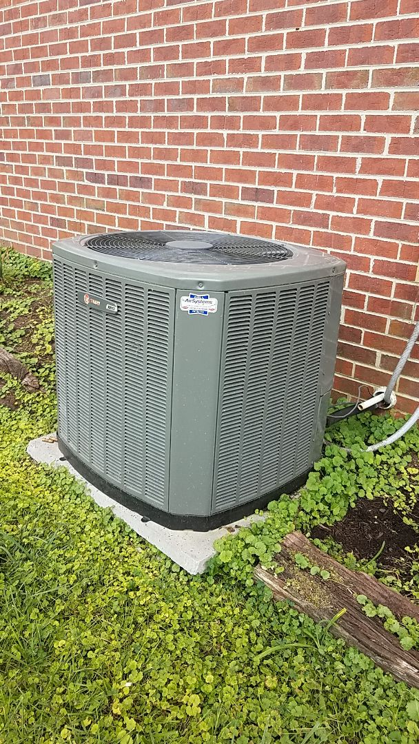 Cleveland, TN - Service call. Performed A/c service on a Trane Heat Pump system.