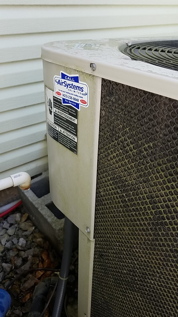 Chattanooga, TN - Service call. Performed repair on Gibson heat pump