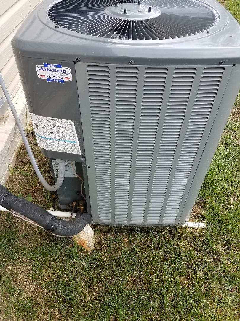 Cleveland, TN - Service call ,  Performed repair on Amana condenser