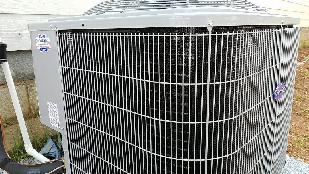 Ooltewah, TN - Maintenance call. Performed maintenance on Carrier AC