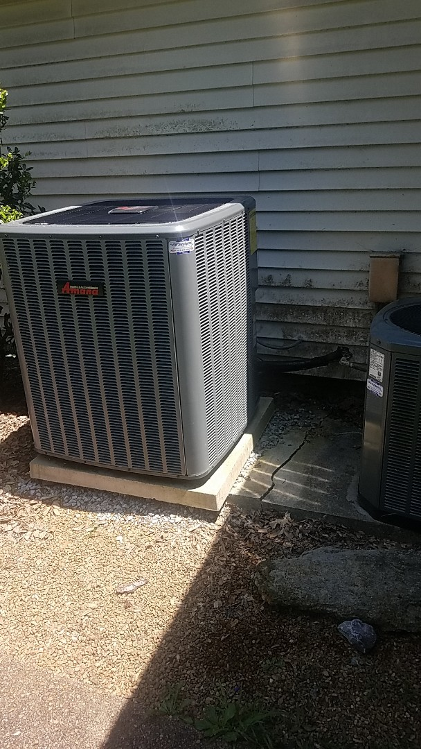 McDonald, TN - Service call. Performed repair on an Amana Heat Pump system.
