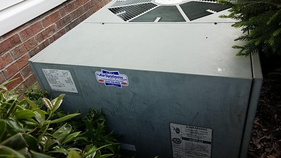 Ooltewah, TN - Service call. Performed repair on Rheem heat pump