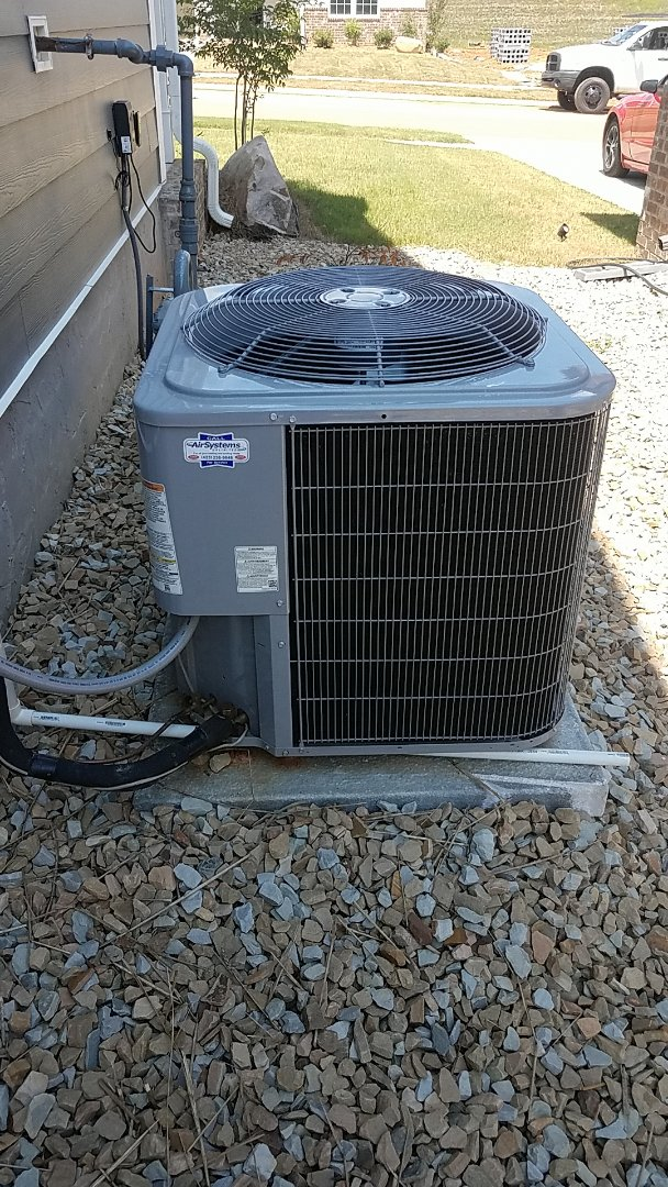 Ooltewah, TN - Service call. Performed A/c service on a Carrier system.