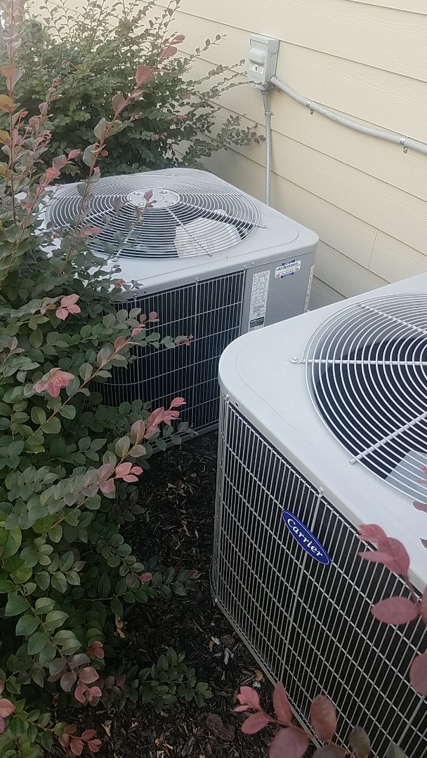 Chattanooga, TN - Service call. Performed A/c service on a Carrier system.