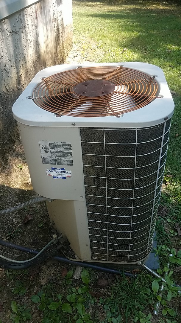 Cleveland, TN - Service call. Performed service on an Intertherm heat pump system.