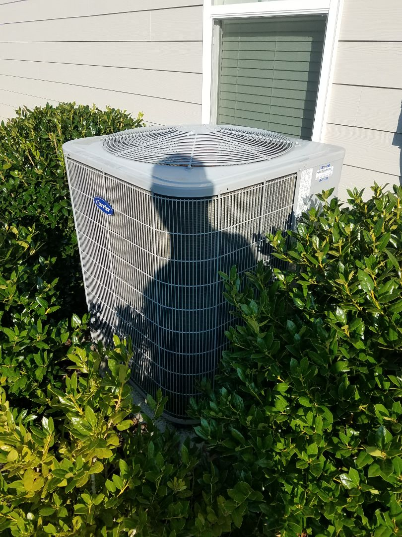 Cleveland, TN - Service call. Performed repair on carrier condenser