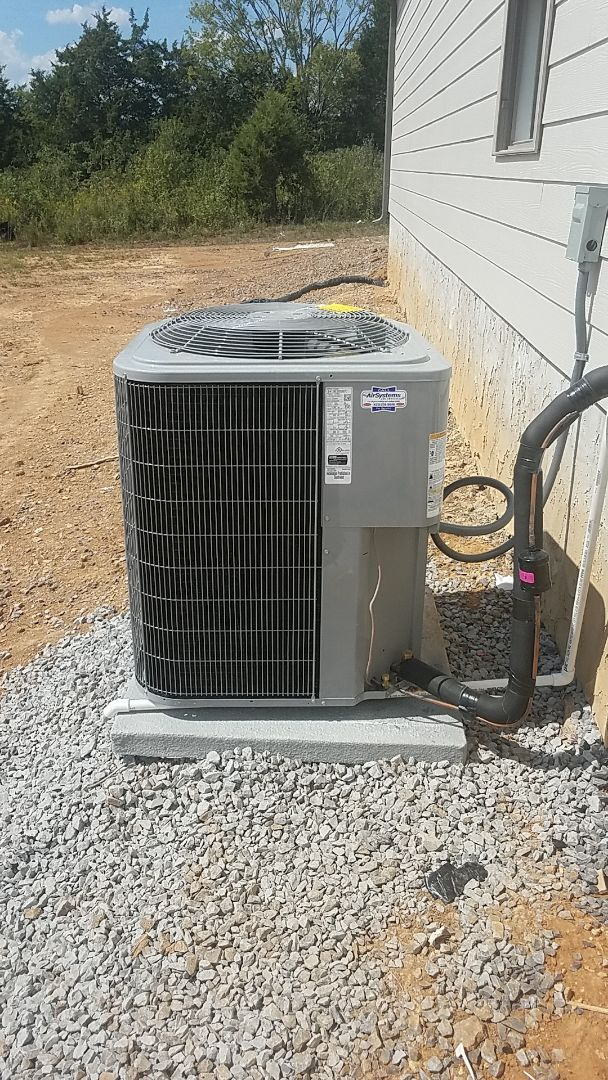 Cleveland, TN - Installation of a Carrier system.