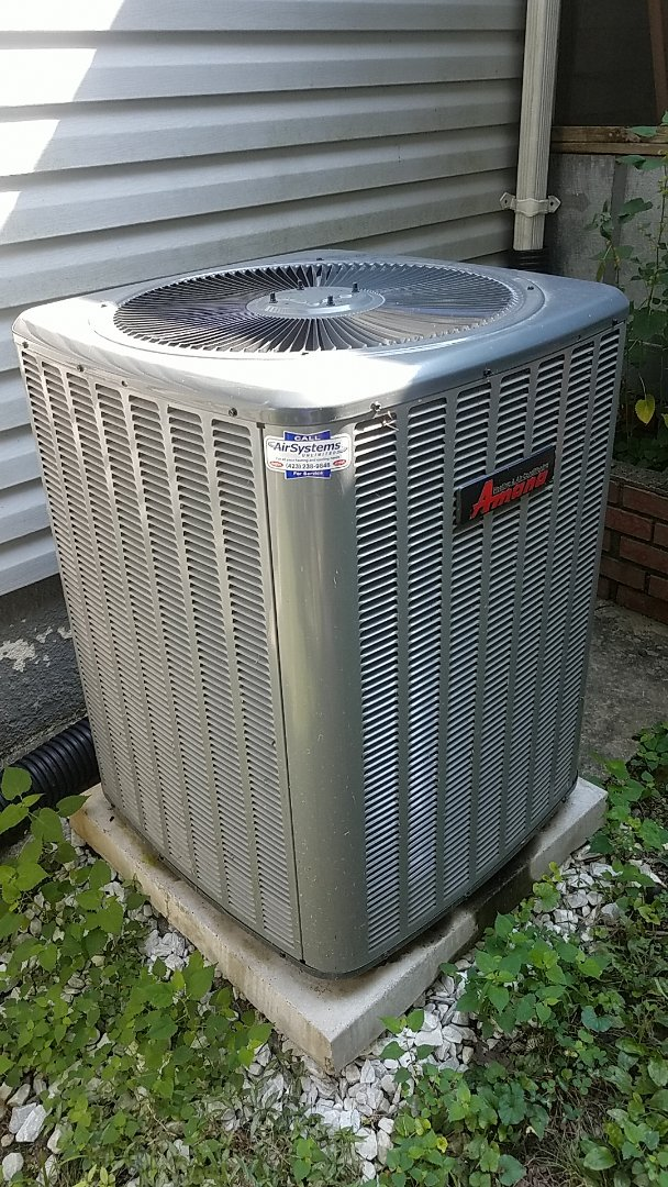 Chattanooga, TN - Warranty service. Made repair on an Amana Heat Pump system.