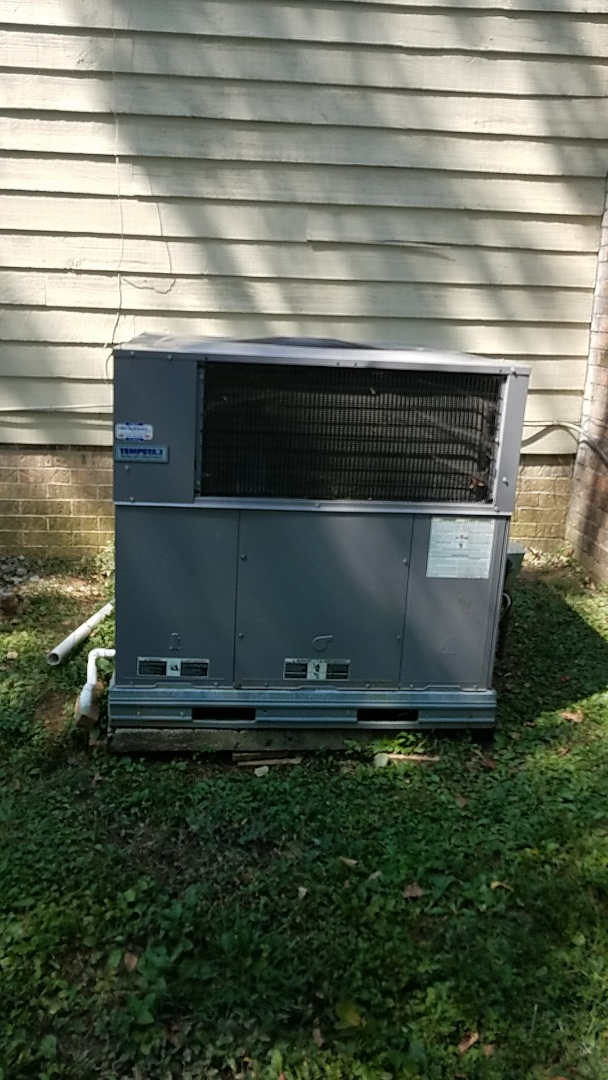 Cleveland, TN - Service. Performed fall maintenance on a Tempstar gas package system.