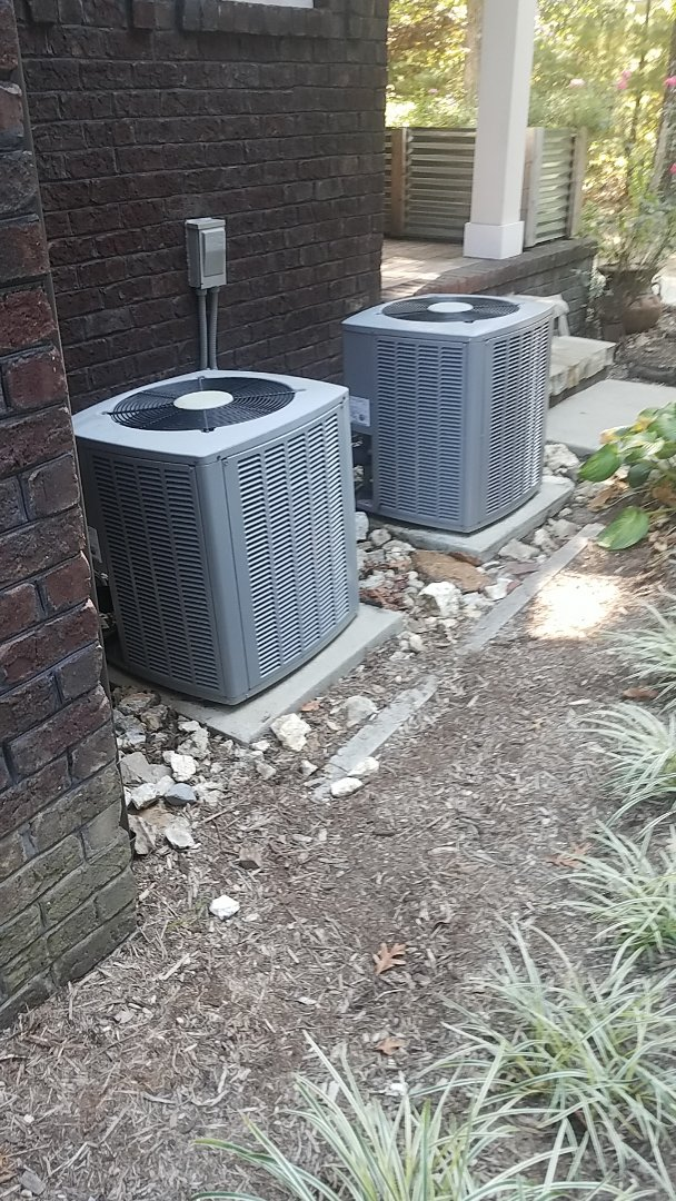 Signal Mountain, TN - Service call. Performed service on an Airease Heat Pump system.
