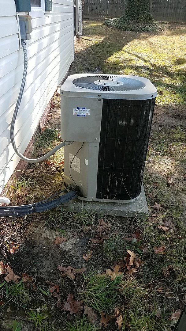 Ooltewah, TN - Service call. Performed service on a GMC Heat Pump system.