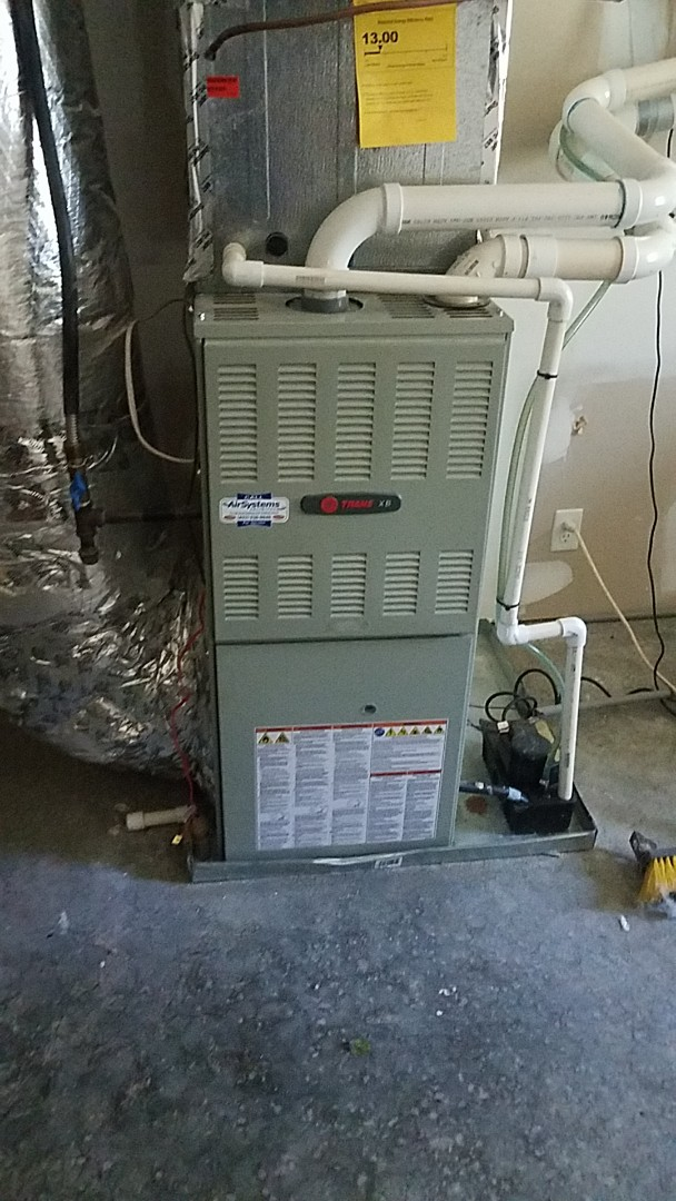 Chattanooga, TN - Service call. Performed maintenance on two Trane systems.