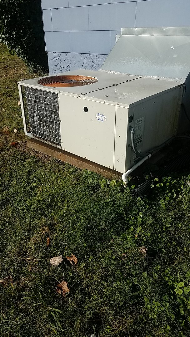 Chattanooga, TN - Service call. Performed Fall maintenance on a Frigidaire Heat Pump system.