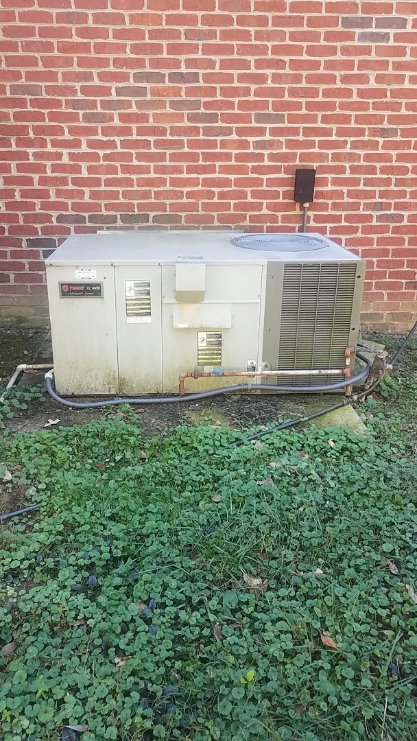 Ooltewah, TN - Service call. Performed Fall maintenance on a Trane gas package unit.