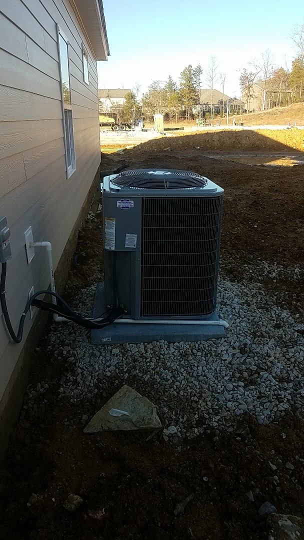 Chattanooga, TN - Installation of a new Carrier gas system.