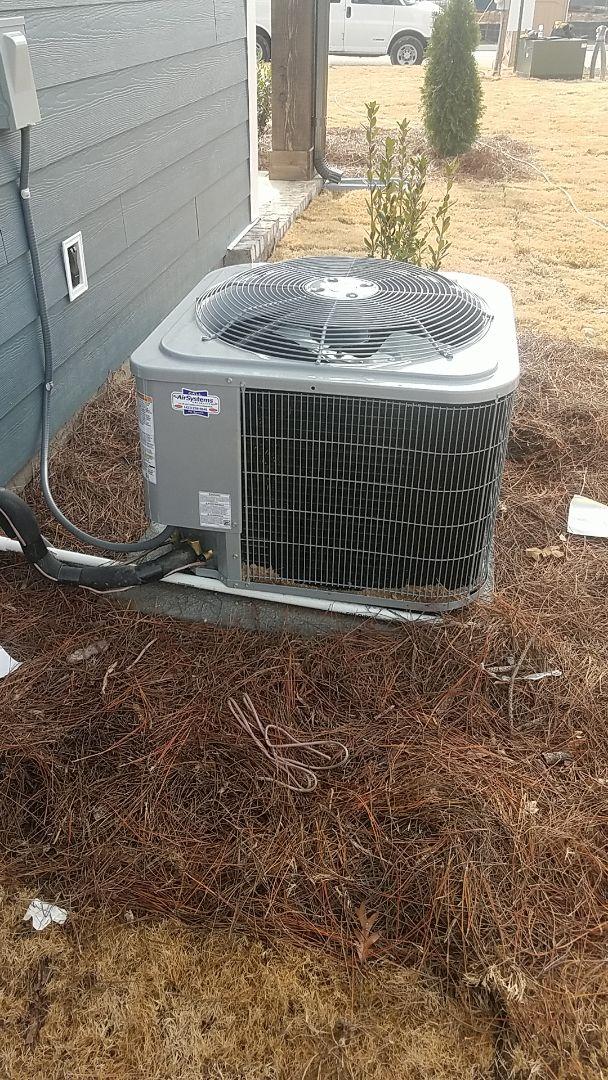 Soddy-Daisy, TN - Installation of a new Carrier gas system.