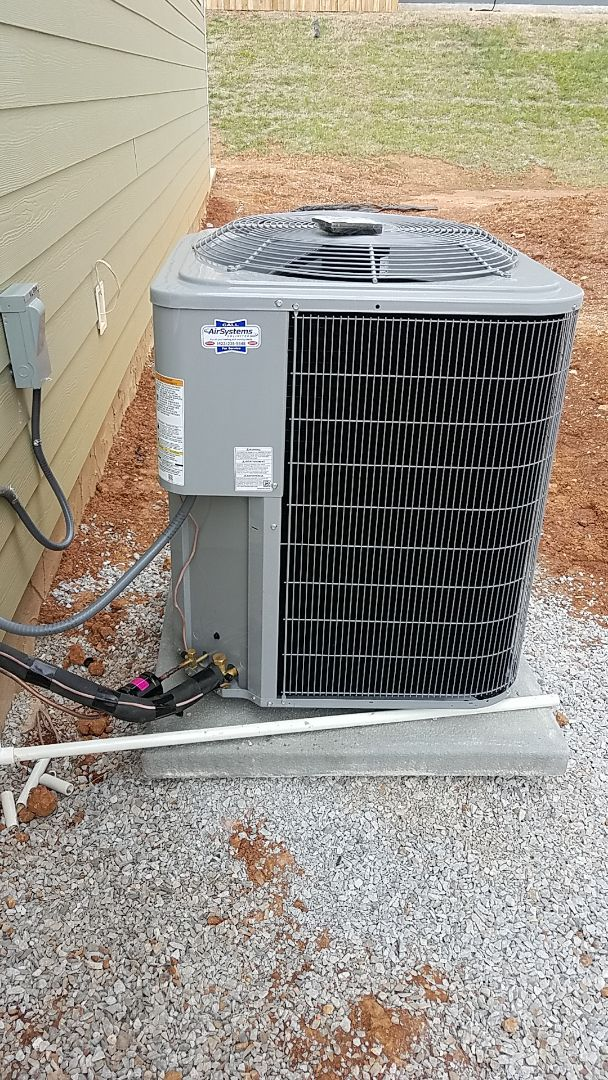 Ooltewah, TN - Installation of a new Carrier system.