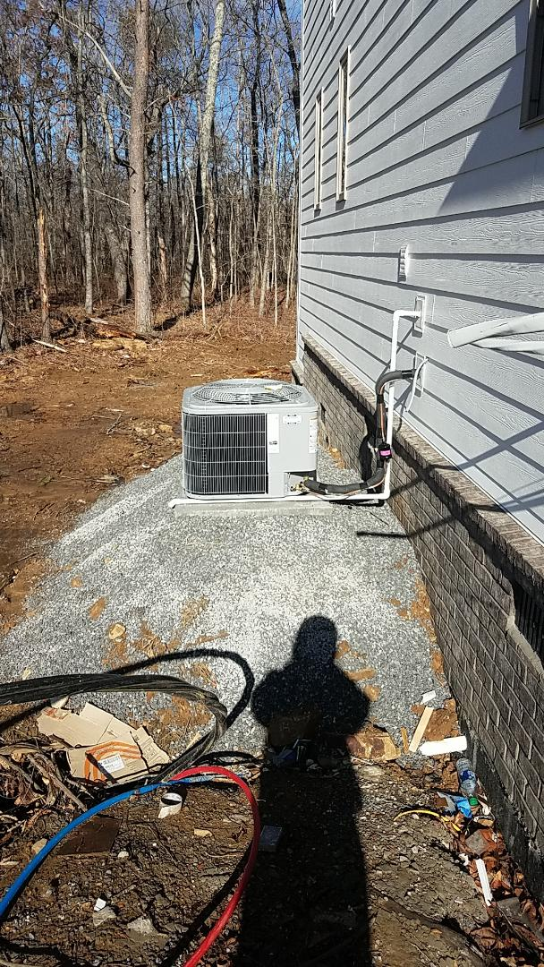 Signal Mountain, TN - Installation of a new Carrier system.