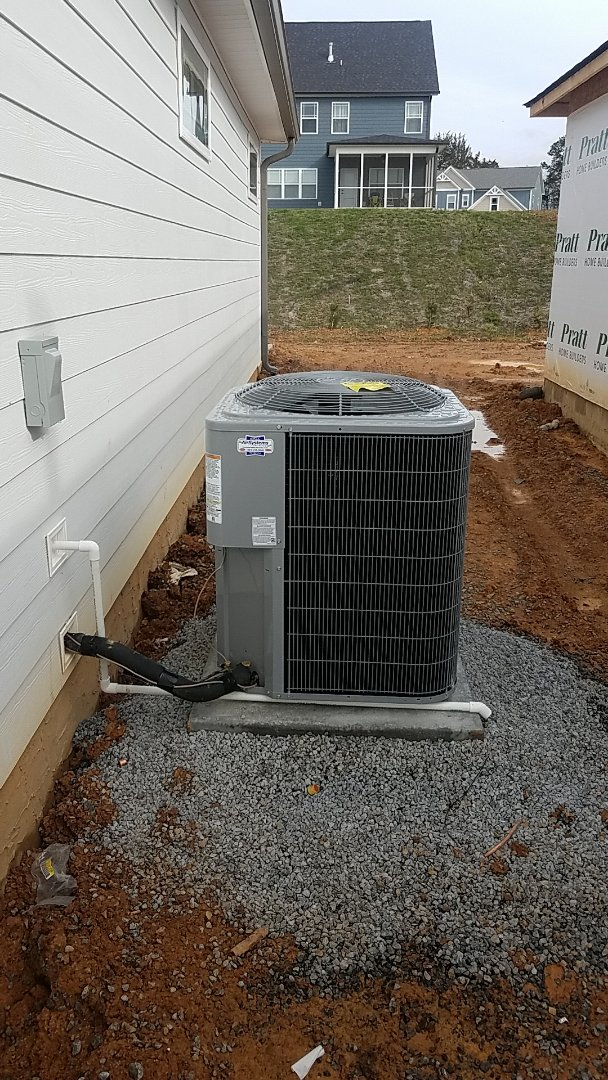 Cleveland, TN - Installation of a new Carrier system.