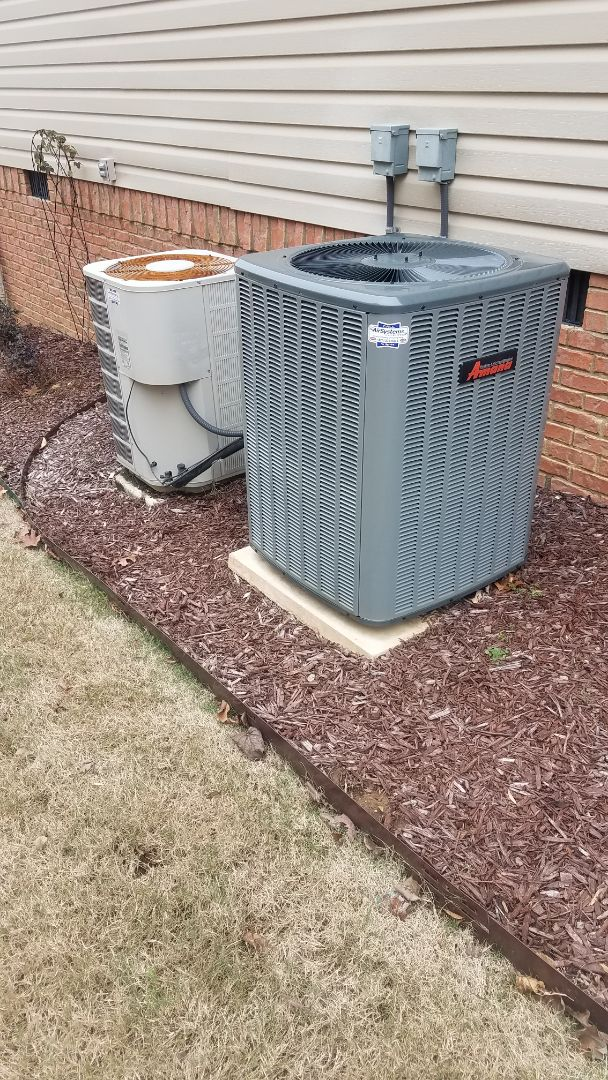 Chattanooga, TN - Service call.  Performed repair on amana heat pump condenser