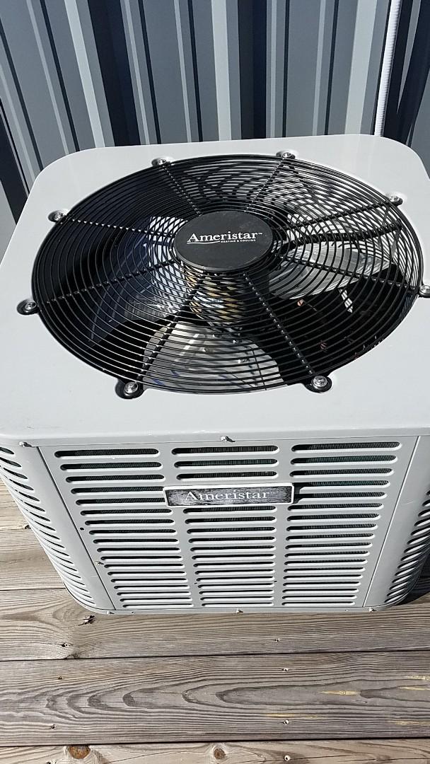 Chattanooga, TN - Service call. Performed repair on Ameristar heat pump