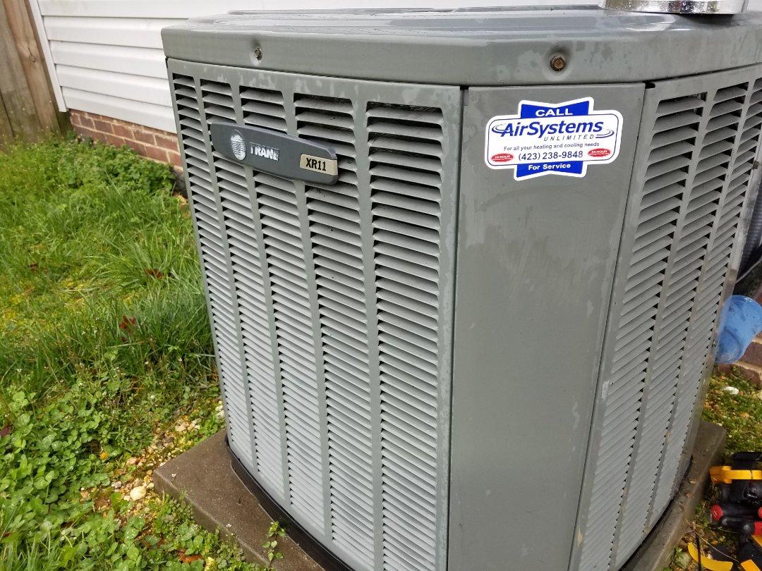 Cleveland, TN - Service call. Performed repair on Trane heat pump