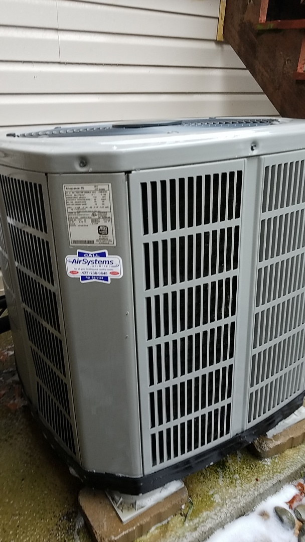 Cleveland, TN - Maintenance call. Performed maintenance on American Standard Ac
