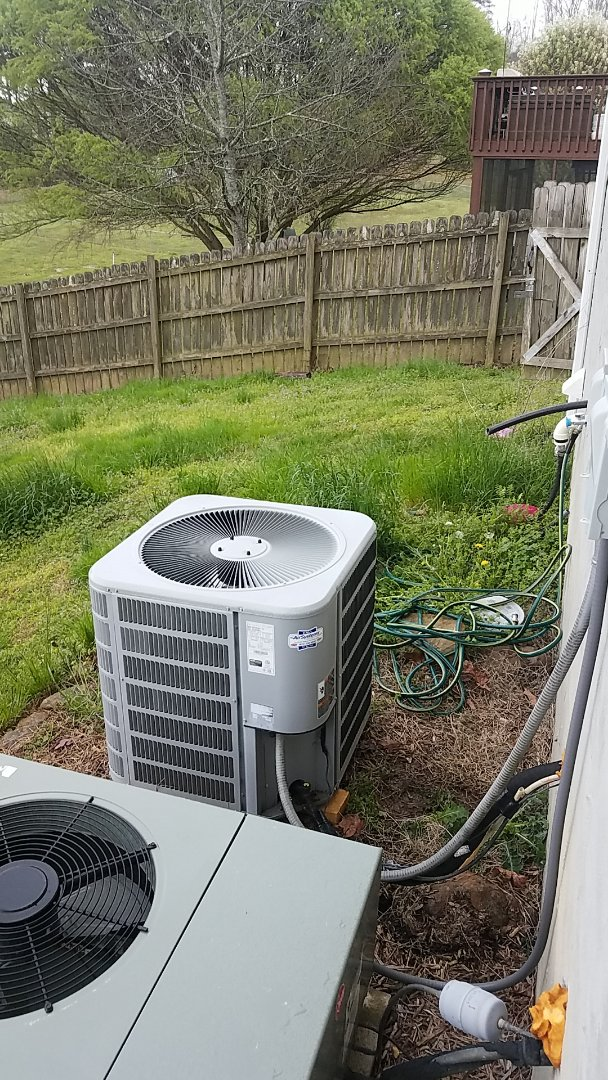 Harrison, TN - Service call.  Performed service on a Concord Heat Pump system.