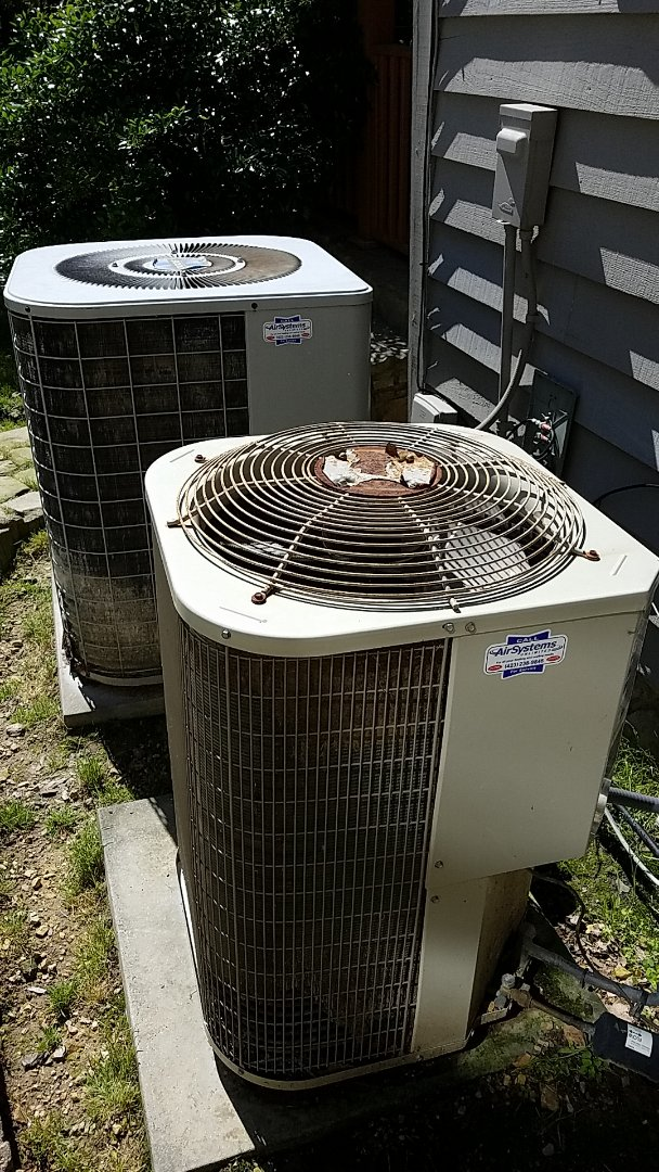 McDonald, TN - Service call. Performed repair on Tempstar heat pump