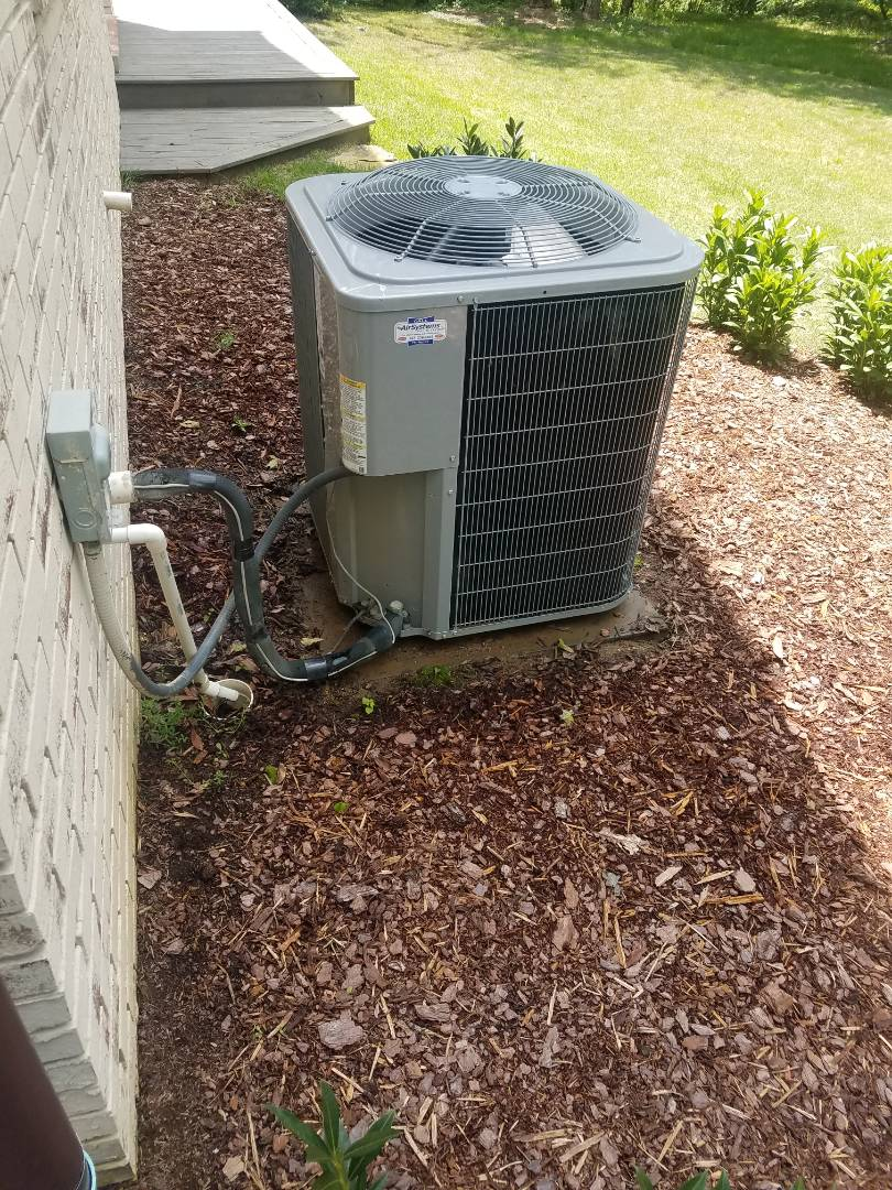 Signal Mountain, TN - Service call  .  Performed repair on carrier condenser