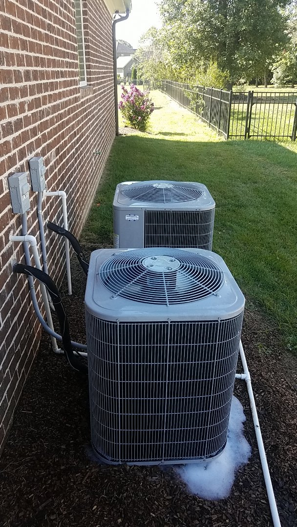 Ooltewah, TN - Service call.  Performed Summer maintenance on two Carrier AC systems.