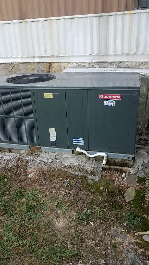 McDonald, TN - Service call.  Performed service on a Goodman AC system.
