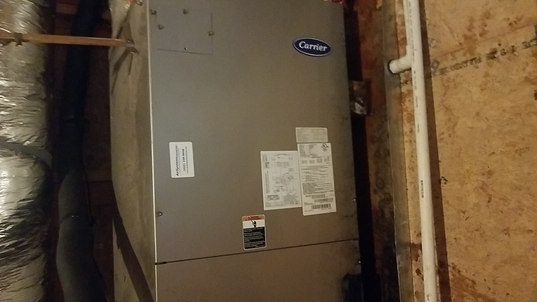 Ooltewah, TN - Service call.  Performed repair on a Carrier AC system.