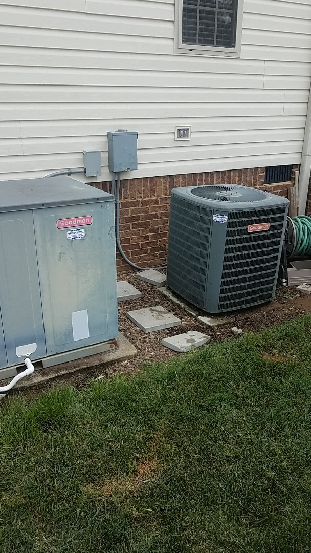 Ooltewah, TN - Service call.  Performed inspection on two AC systems.