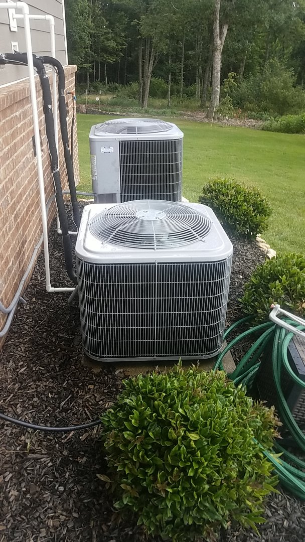 Signal Mountain, TN - Service call.  Performed Summer maintenance on two Carrier AC systems.