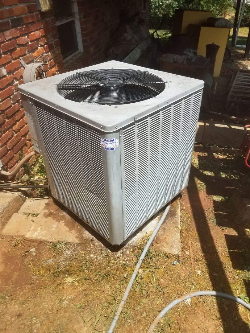 Ooltewah, TN - Service call . Performed repair on Rhhem heat pump condenser