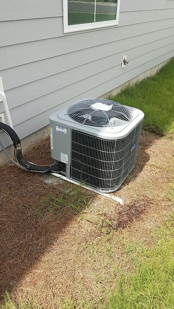 Cleveland, TN - Service call.  Performed service on a Carrier AC system.