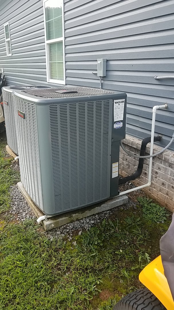 Cleveland, TN - Service call.  Performed service on an Amana AC system.