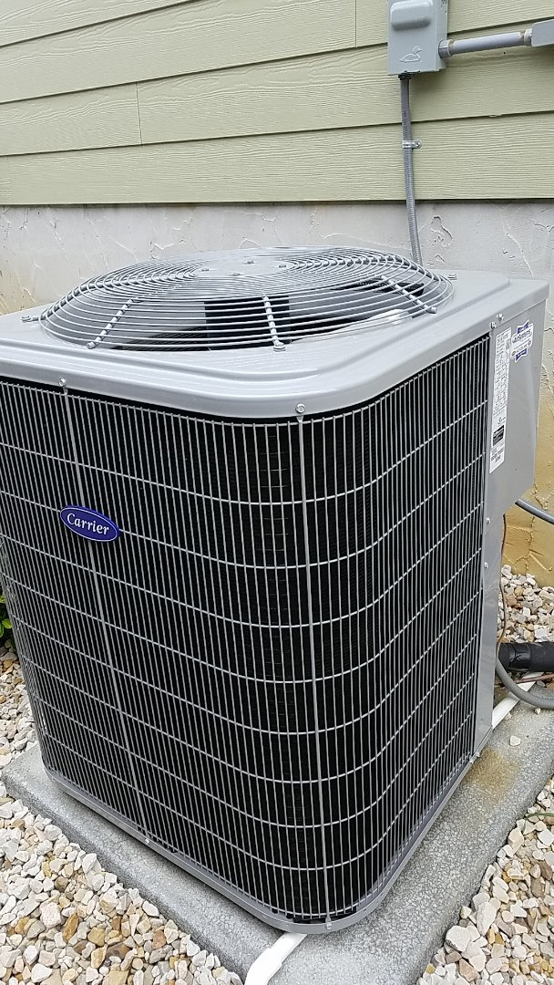 Cleveland, TN - Service call. Performed repair on Carrier AC