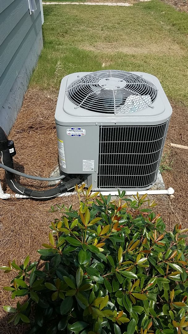 Soddy-Daisy, TN - Service call.  Performed service on a Carrier AC system.